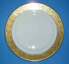 Photo: Haviland Limoges Porcelain Crystal Porcelain Ware Shop www.crystalporcelainwareshop.com