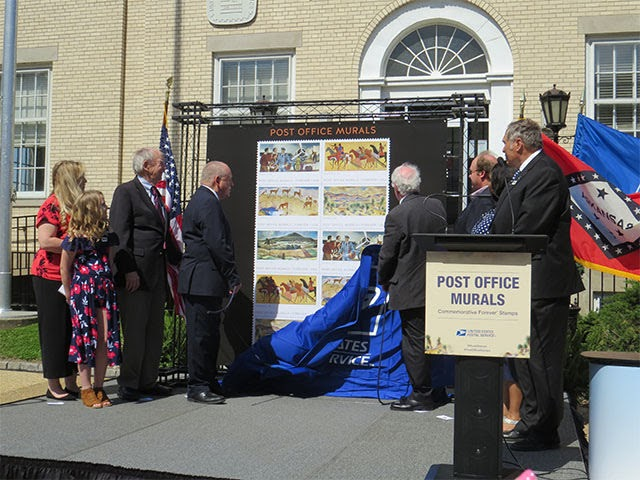 Piggott, AR: Post Office Murals stamp ceremony
