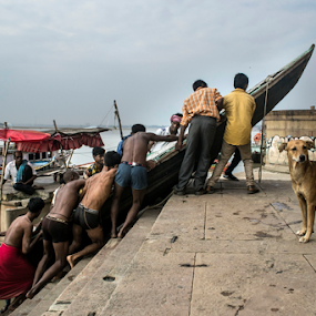 Boat men by Sandip Ghose - People Street & Candids ( sandip photography, benaras, d3100, dog, boat )
