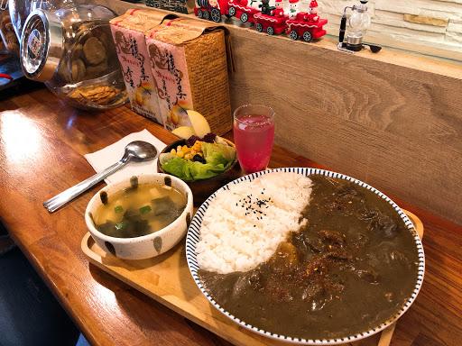 餐點好吃,氣氛輕鬆愉快!