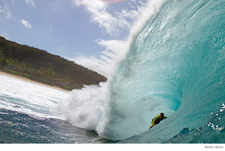 Photo: Photo of the Day: Nate Yeomans, Pipeline. Photo: Noyle #Surfer #SurferPhotos