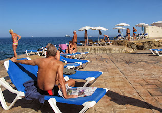 Photo: 504 SPB.Qawra.hôtel Dolmen, plage privée, transats