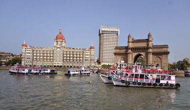 Photo: Leaving the Gate of India