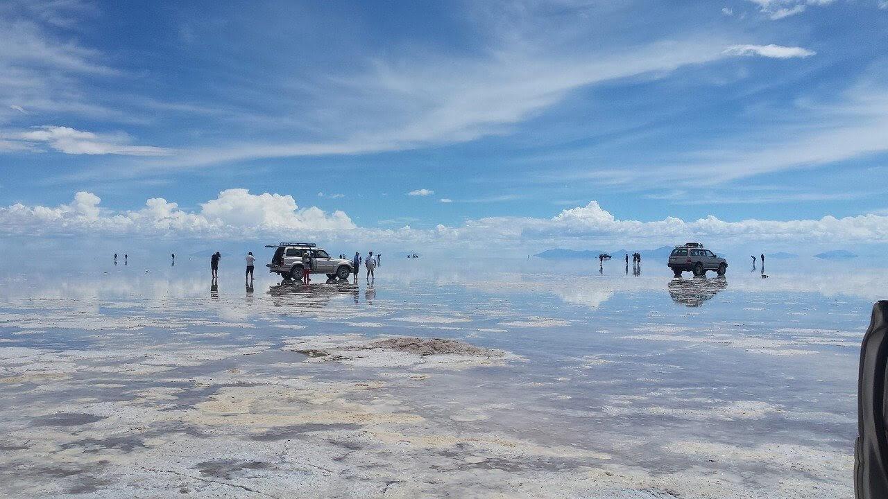 bolivians salt flats tours salinas de uyuni.jpg