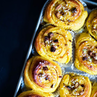 Saffron Buns with Orange Filling and Pistachios