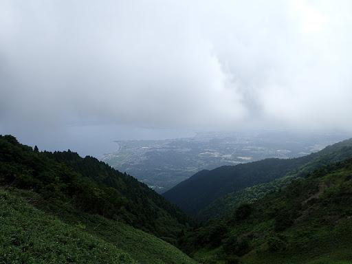 琵琶湖方面も晴れてくる