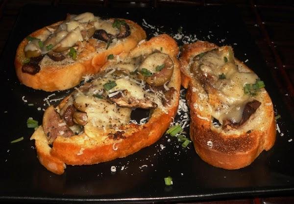 Mushroom-garlic Bread Recipe