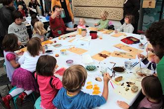 Photo: Barvne čarovnije v kozarcu in pod ustvarjalnimi ročicami.