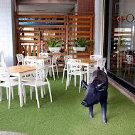 歐兔啡食館