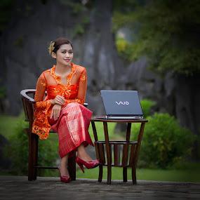 R|A|F|I|K|A| by Bambang Leksmono - People Fashion