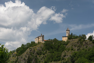 Photo: Zamek Pietra jego początki sięgają XIII wieku