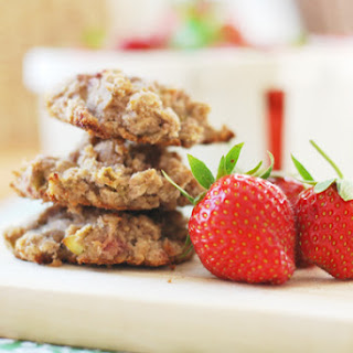 Roasted Strawberry Rhubarb Breakfast Cookies.
