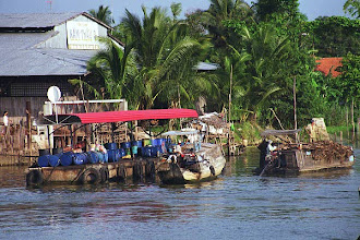 Photo: Fueling station on Mekong Delta
