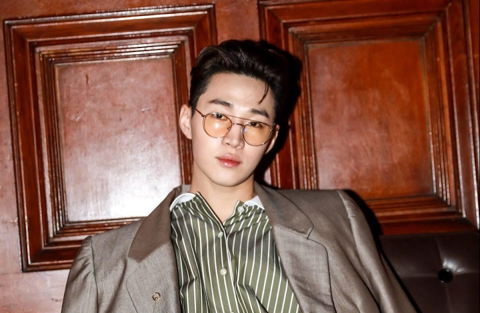 https___blogs-images.forbes.com_tamarherman_files_2019_04_AlyssaChia_HenryLau_MJ_AZC_25-e1555628644389-1200x782