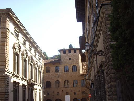 Palazzo Mozzi, Museo Bardini, Piazza Mozzi, Oltrarno, Firenze