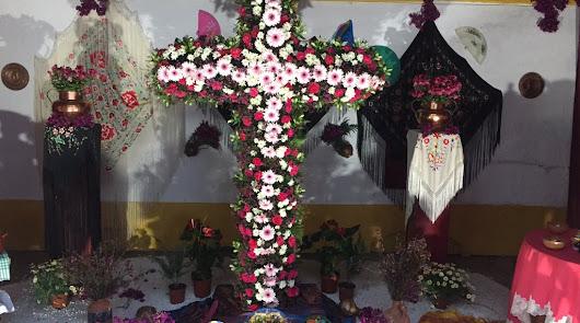 De la Plaza Vieja a Piedras Redondas:arrancan las cruces de mayo