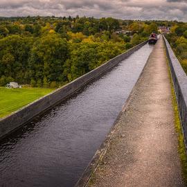 Pontcysyllte Aqueduct by Krasimir Lazarov - Buildings & Architecture Bridges & Suspended Structures ( aqueduct, dee, wales, architecture, canal, united kingdom, river )