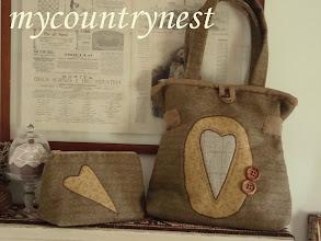 Photo: Jap bag con cuore reverse appliqué e pochette coordinata