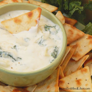 Cheesy Kale and Artichoke Dip