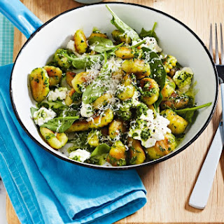 Caramelised Garlic And Spinach Gnocchi With Ricotta.