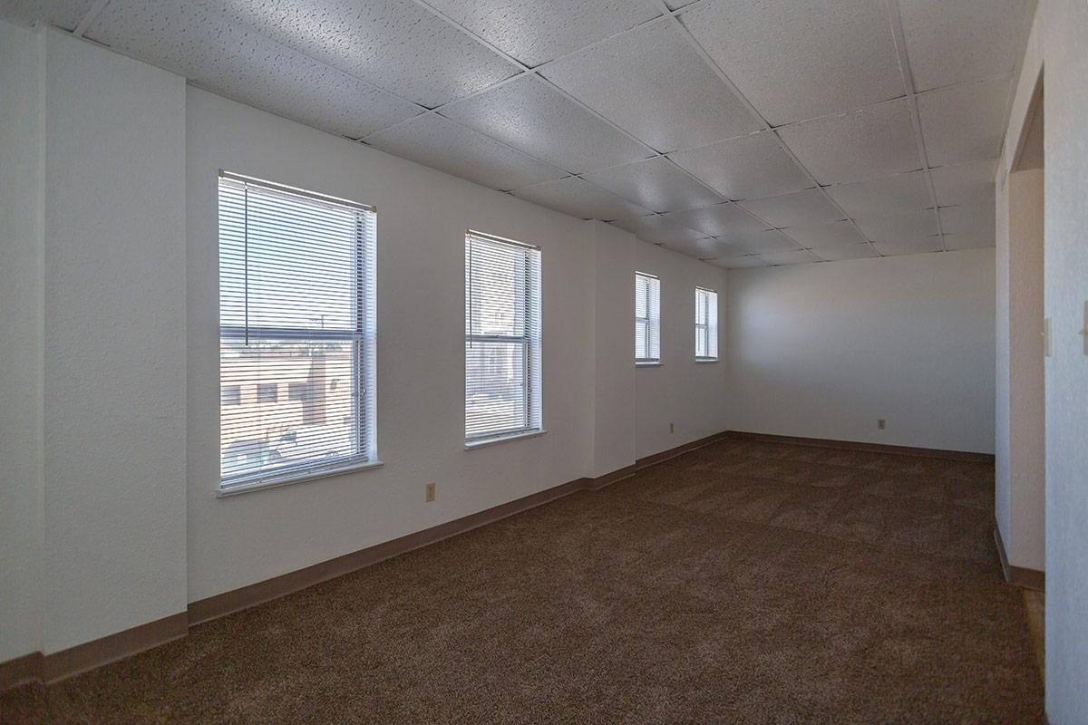 one bedroom floorplan 1 bed 1 bath alcazar apartments