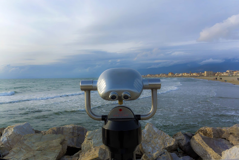 Il binocolo sul mare di Simone Fortuna