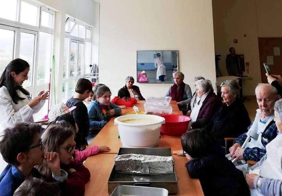Misericórdia de Lamego une diferentes gerações para confecionar folar da Páscoa