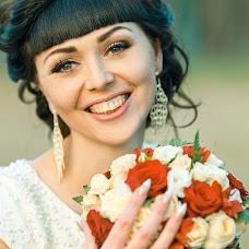 Wedding photographer Ekaterina Pereslavceva (katyasmile). Photo of 05.04.2016