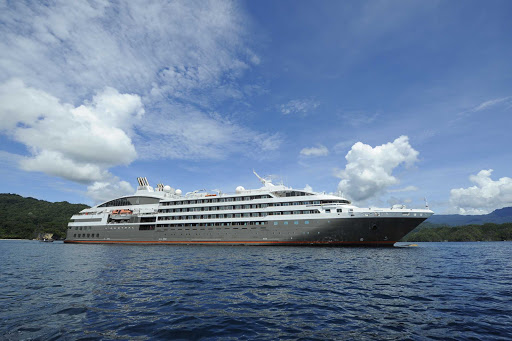 Ponant-Laustral-Indonesia.jpg - Take a 12-day cruise to discover Indonesia on Ponant's L'Austral.