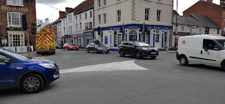 CAUTION: Town centre traffic lights out of action