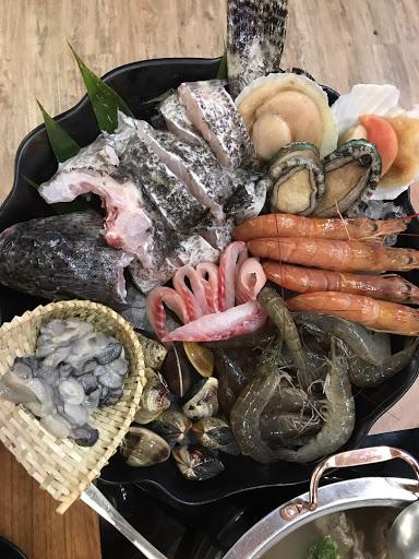 新鮮現撈的新鮮 肉也多多好吃😋 Cp值超高!