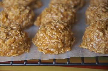 No Bake Pumpkin Oatmeal Cookies