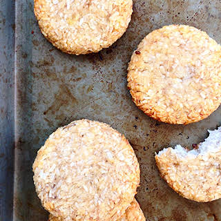 2 Ingredient Banana Coconut Cookies.