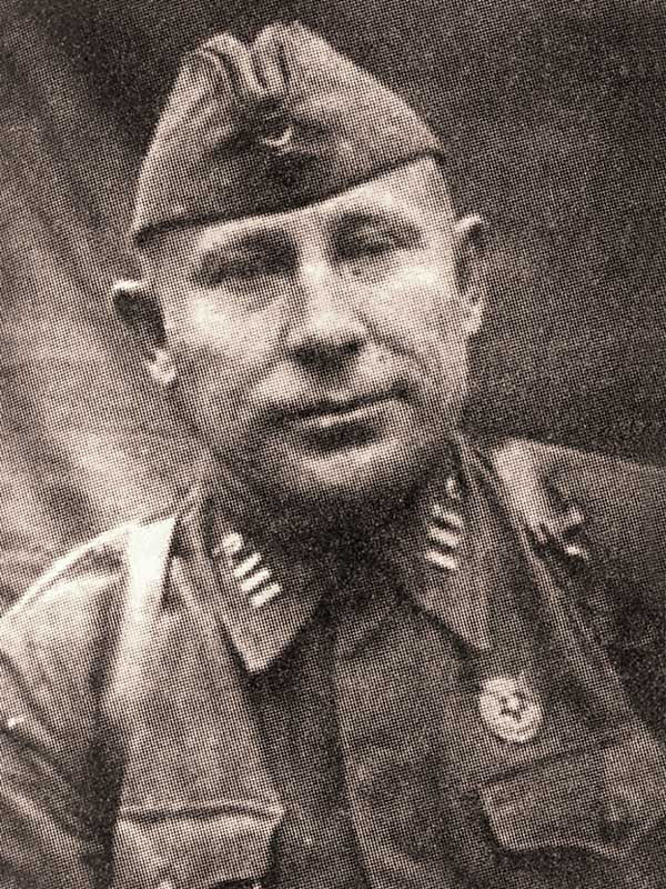 Билютин К.В. - командир 3осб 35 осбр