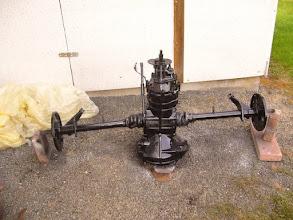 Photo: Getriebe neu lackiert.