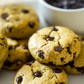 Healthy Gluten Free Chocolate Chip Cookies.