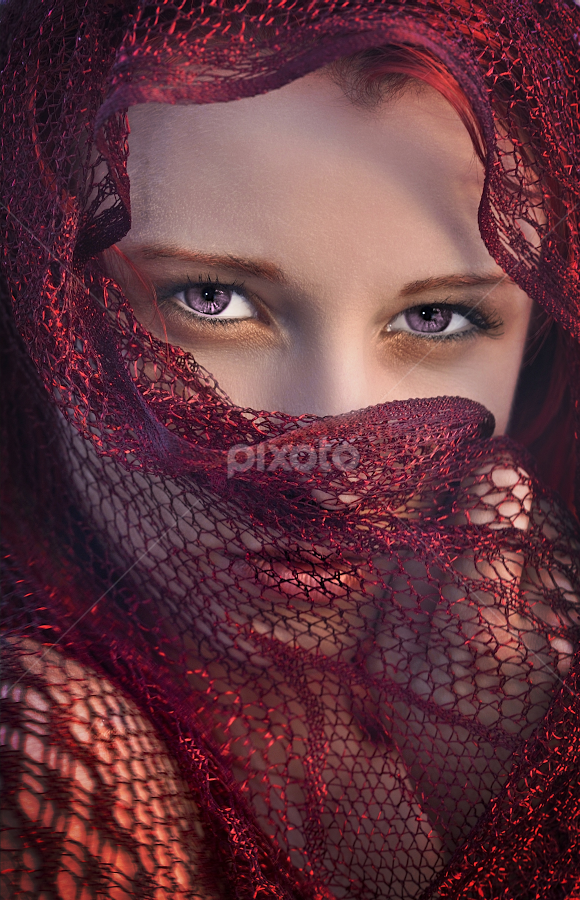 Purple eyes by Dan Pham - People Family (  )