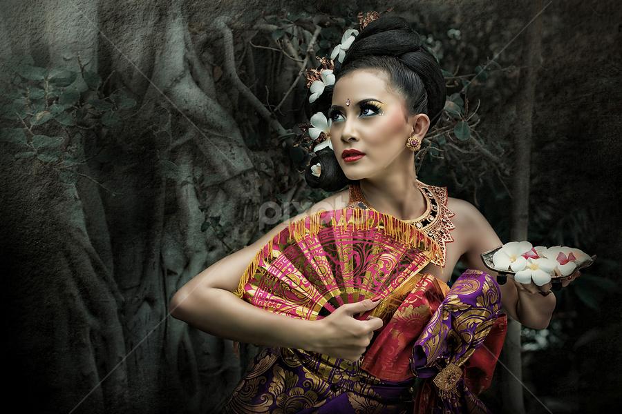 Bali by Wawan Gilang - People Fashion