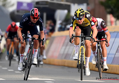 """Wout van Aert zeer trots na overwinning Amstel Gold Race: """"Een mooi einde van mijn voorjaar"""""""