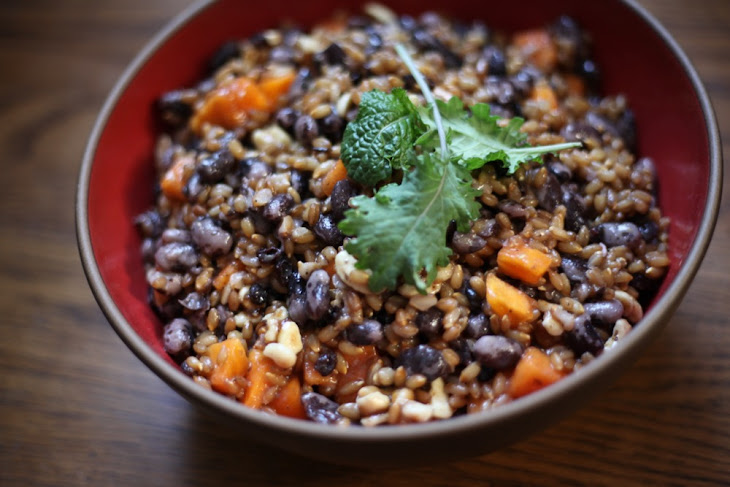 Sweet Rye Berry Salad Recipe