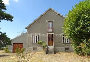 maison à Saint-Sulpice-les-Feuilles (87)