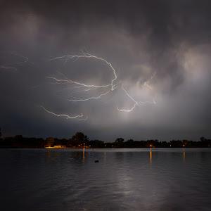 Lightning-20120905-0022-pixoto.jpg