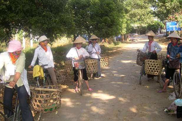 Hanoi Mai Chau Tam Coc - Golden Triangle biking