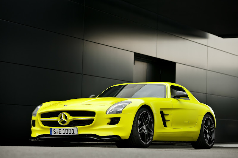 Photo: The SLS AMG E-CELL is an all-wheel drive electric supercar – a gullwing model powered by four synchronous electric motors. Each motor is strategically positioned close to the wheels to ensure optimal handling for this high-performance, highly efficient machine.   European model shown.