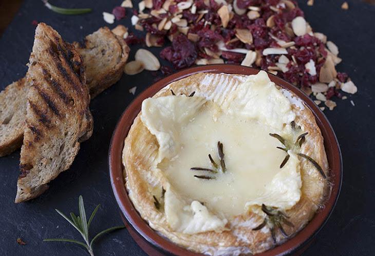 Baked Camembert Fondue Recipe
