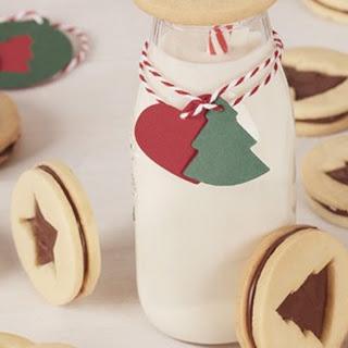 Holiday Cookie Sandwich with Nutella® hazelnut spread.
