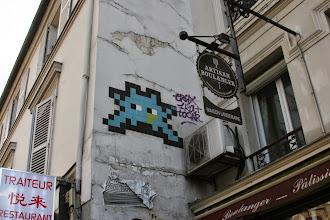 Photo: Street art - Space invaders - Paris XIe - rue de la Roquette