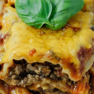Easy Cheesy Beef Manicotti