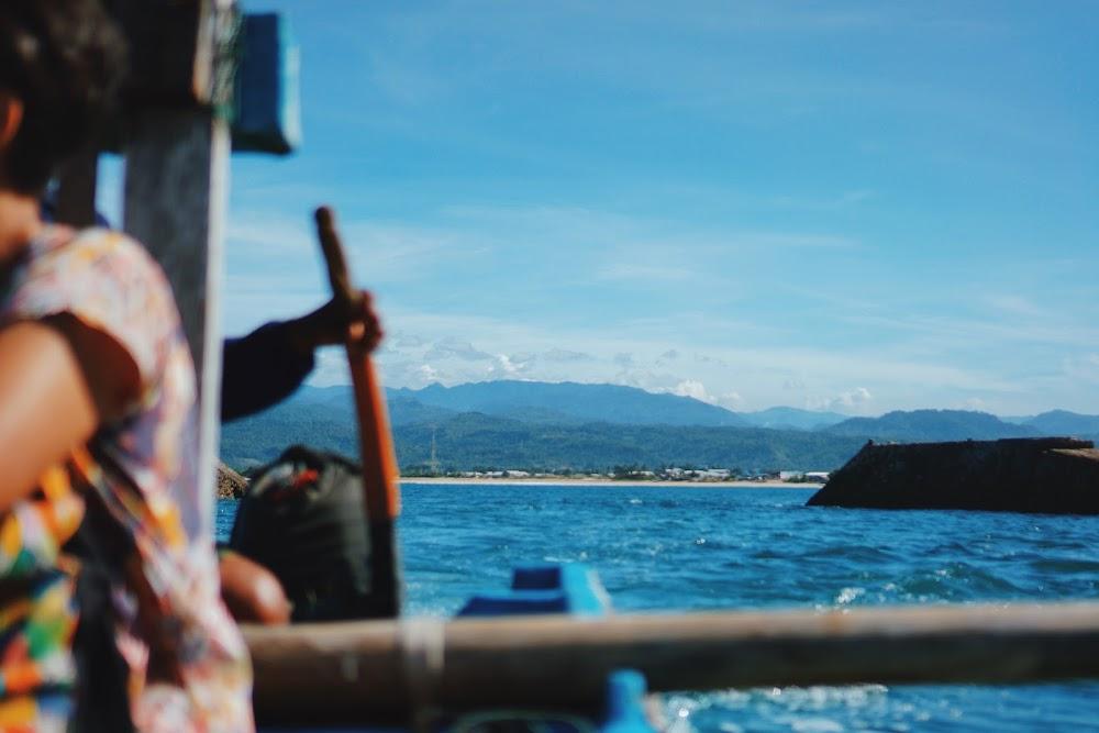 perahu di santolo