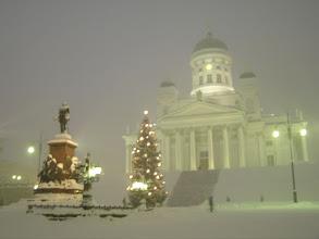 Photo: 4B221551 Finlandia - Helsinki - katedra ewangeli, w sniezycy